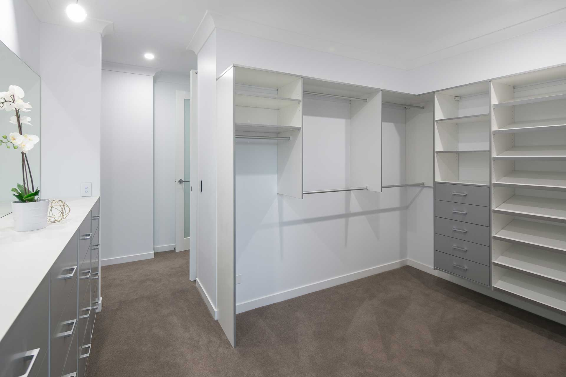 Liberty Contemporary - Large Walk-in Wardrobe