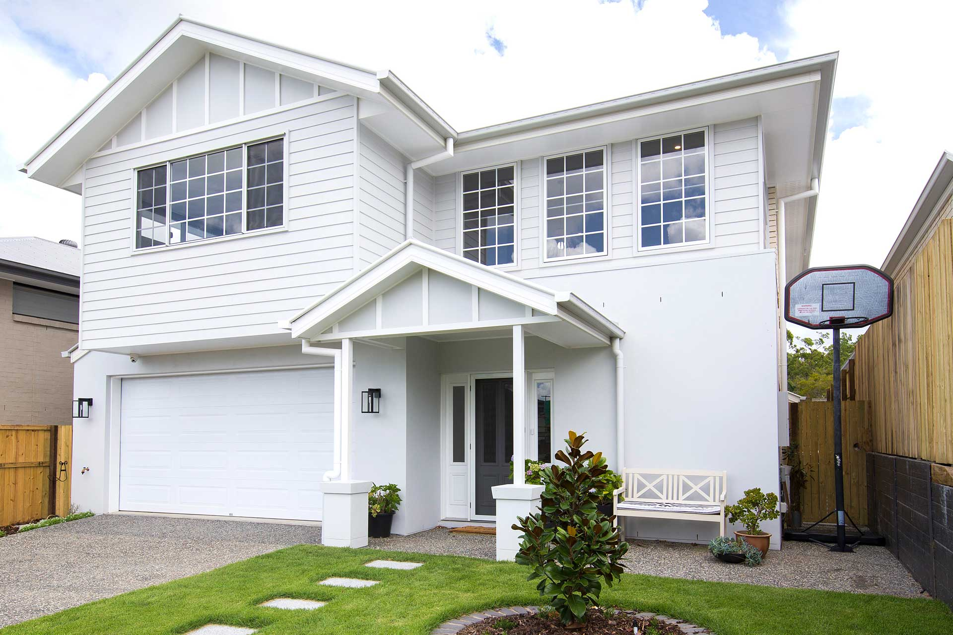 front view of custom built liberty hampton home